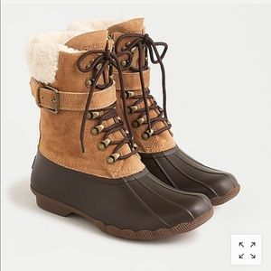 NWT Sperry Shearwater boots with buckle